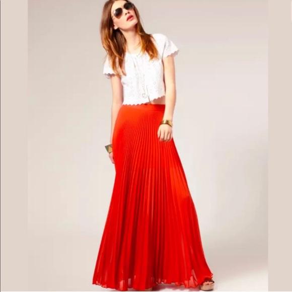 1c673537315c bebe Dresses & Skirts - Bebe Pleated Maxi Skirt